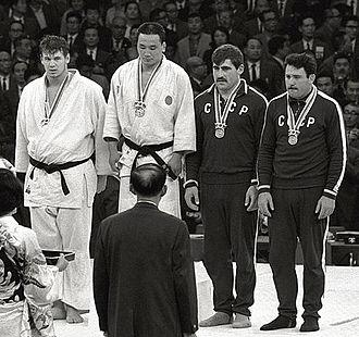 Isao Inokuma - Doug Rogers, Isao Inokuma, Parnaoz Chikviladze and Anzor Kiknadze at the 1964 Olympics