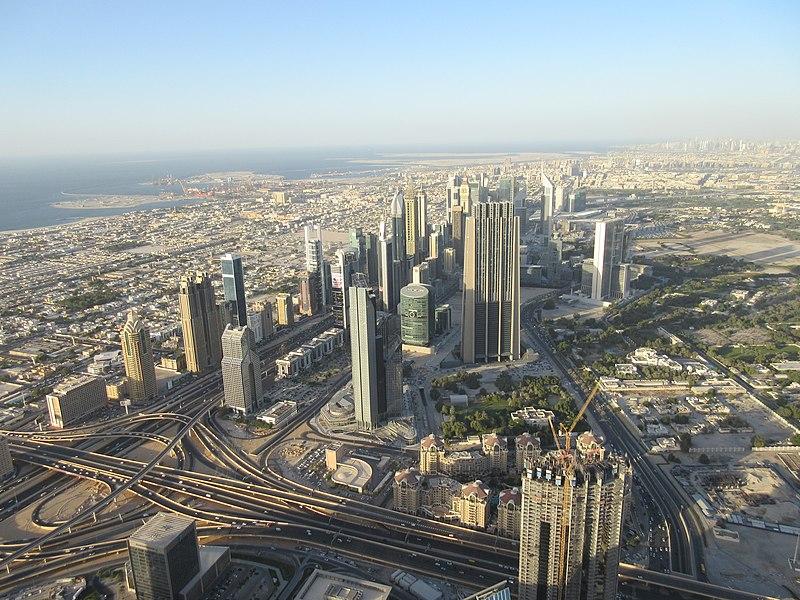 Дубайские власти продержали британскую стюардессу два месяца в тюрьме без предъявления обвинений