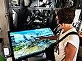Du khách trải nghiệm Bản đồ du lịch 3D-360 Thành phố Hồ Chí Minh tại Trạm Thông tin và Hỗ trợ khách du lịch.jpg