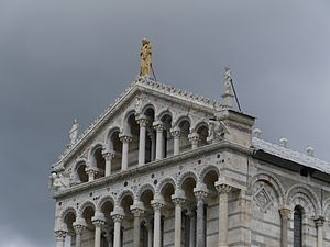 Pisa Cathedral - Detail of the facade of the cathedral