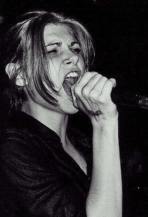 Vitamin C (singer) - Performing with her band Eve's Plum in 1997