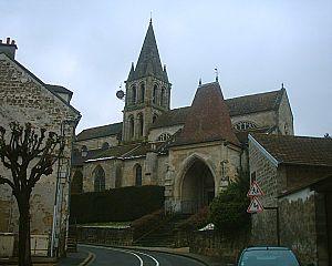 Jouy-le-Moutier - Notre-Dame