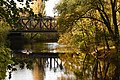 Eisenbahnbrücke über die Leine.jpg
