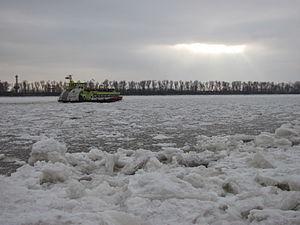 Elbstrand Oevelgönne Februar 2012-3.jpg