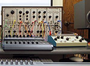 Electronic Music Laboratories - ElectroComp EML-200  on electronic music classroom