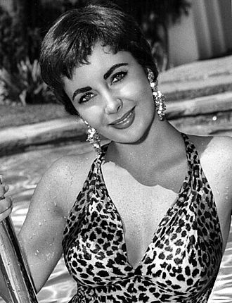 Silver Bear for Best Actress - Elizabeth Taylor, recipient of the 1972 Berlin Film Festival Award for Best Actress.