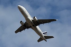 Embraer ERJ-170LR Air France F-HBXN.jpg
