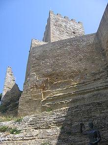 Castello di Lombardia, particolare della Torre Pisana.