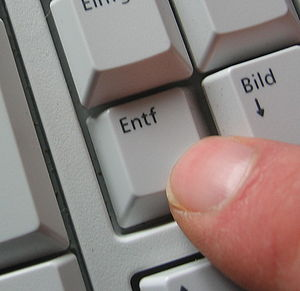 English: DELETE-Key on a keyboard