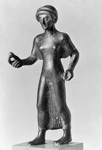 Etruscan woman holding an egg