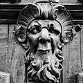 Exemple grotesque 1-3 Hôtel de Ville d'Aix-en-Provence (voir photo Salle du conseil).jpg