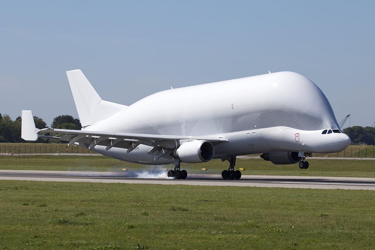 1280px-F-GSTD_Beluga_Airbus_4_(780123997