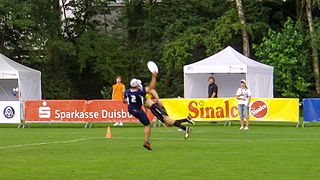 File:Flying Disc - Ultimate Frisbee - World Games 2005 (1 ...