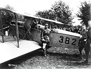 Airmails of the United States - Maj. Ruben Fleet by Lt. Boyle's Jenny before the take off from Washington, D.C., for Philadelphia on May 15, 1918.