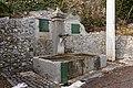 Fontaine de l'église de Meylan.jpg