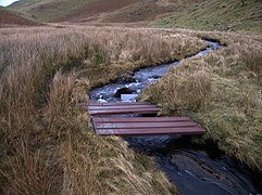 Footbridge across Nant Egnant - geograph.org.uk - 657794.jpg