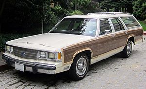 Ford LTD Crown Victoria - 1991 Ford LTD Country Squire