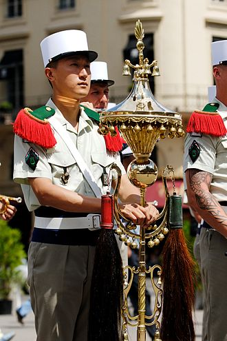 Origins of the French Foreign Legion - Image: Foreign Legion Chinese hat Bastille Day 2008