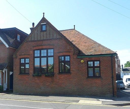 Former Victoria Hall (Brethren), Victoria Road, Cranleigh (May 2014) (2)