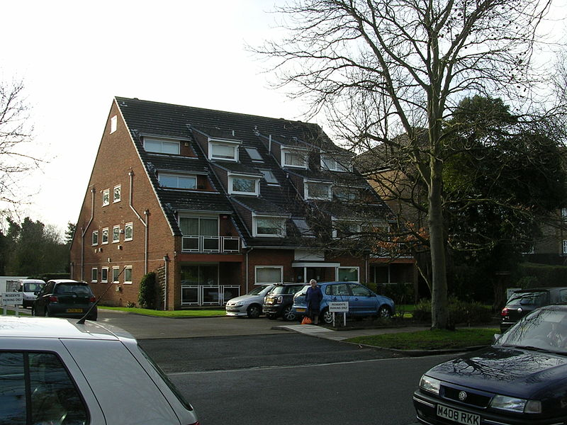 File:Frank Pullen and sons,Highgrove court.jpg