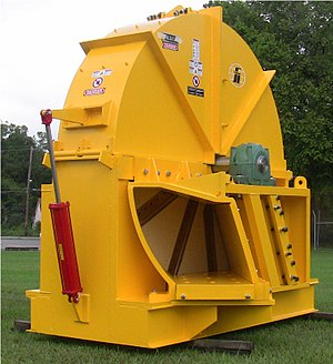 "Woodchipper - Fulghum Industries 96""-10K CCW Chipper"