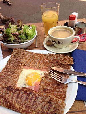 Galette - Image: Galette complète in Annecy, France 20130714