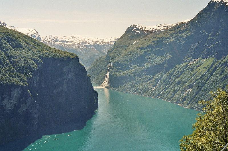 Fil:Geirangerfjorden.jpg