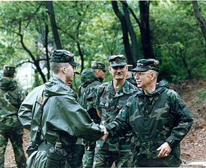 Frederick M. Franks Jr. - General Franks with Corporal Daniel L. Dow, at 2nd Infantry Division (South Korea) NCO Academy on 31 May 1993