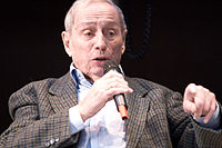 Georges Balandier 20100329 Salon du livre de Paris 3.jpg
