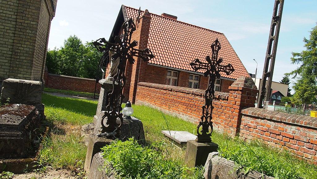 1024px-Gmina_Morzeszczyn%2C_Poland_-_panoramio_%285%29.jpg?uselang=pl