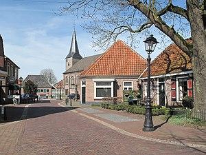 Gramsbergen - Image: Gramsbergen, kerk in straatzicht foto 4 2011 04 02 12.57