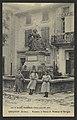Grignan (Drôme). - Fontaine et Statue de Mme de Sévigné (34407480252).jpg