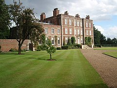 Gunby Hall Front - geograph.org.uk - 919233.jpg