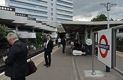 Gunnersbury station MMB 04.jpg