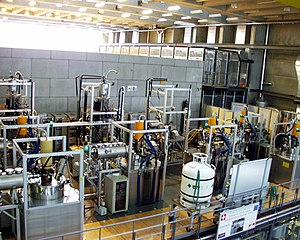 Tokamak - Set of hyperfrequency tubes (84 GHz and 118 GHz) for plasma heating by electron cyclotron waves on the Tokamak à Configuration Variable (TCV). Courtesy of SPC-EPFL.