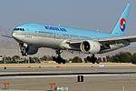 HL7575 Korean Air 2000 Boeing 777-2B5-ER (cn 28445-309) (12649879673).jpg
