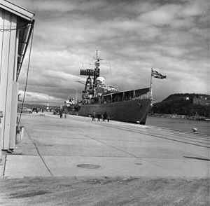 Weapon-class destroyer HMS Crossbow (D96) moored at Trondheim. May 1961 (IWM HU 129783)