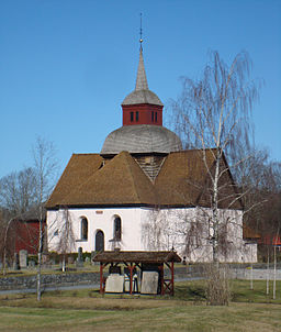 Hakarps kirke i april 2010.