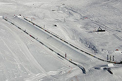 Halfpipe Snowboard.jpg