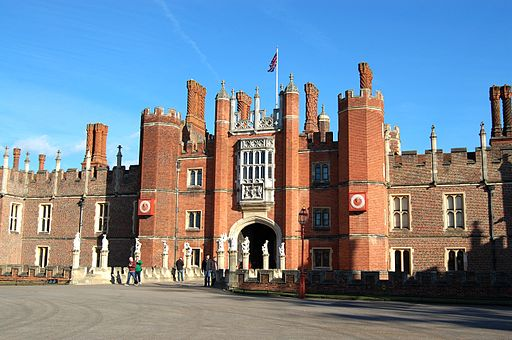 Hampton Court Palace 20120224