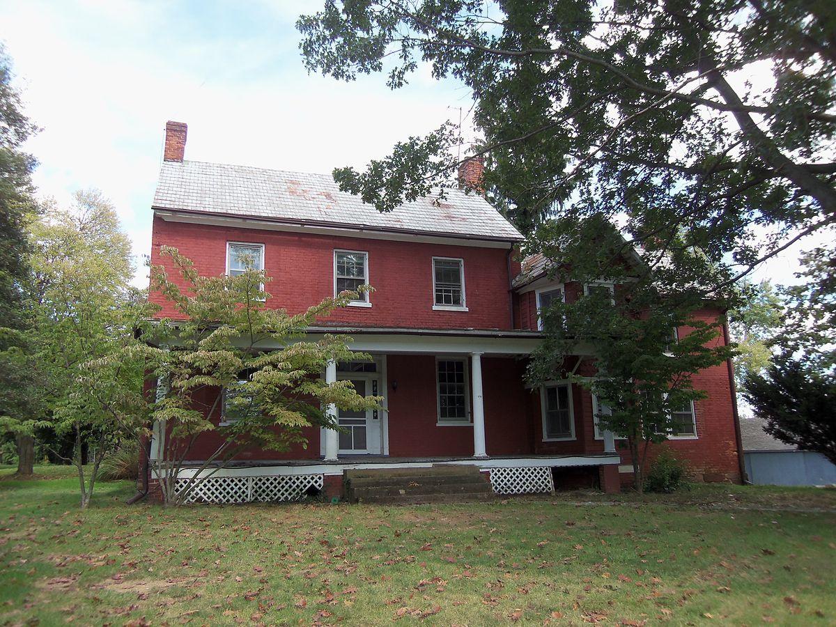Hanover farm house wikipedia for The hanover house