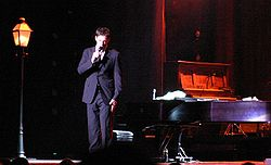 Harry Connick 2007 Savannah concert.jpg