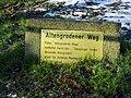 Hinweisschild zum Altengrodener Weg in Wilhelmshaven.jpg