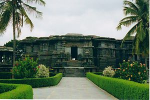 1120s in architecture - Image: Hoysaleshvara Temple at Halebidu