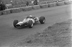 Denny Hulme - Hulme during qualifying for the 1967 Dutch Grand Prix