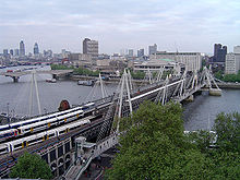 Hungerford Bridge, River Thames, London, England.jpg