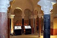 Interior de los Baños Califales (Córdoba, Spain).jpg