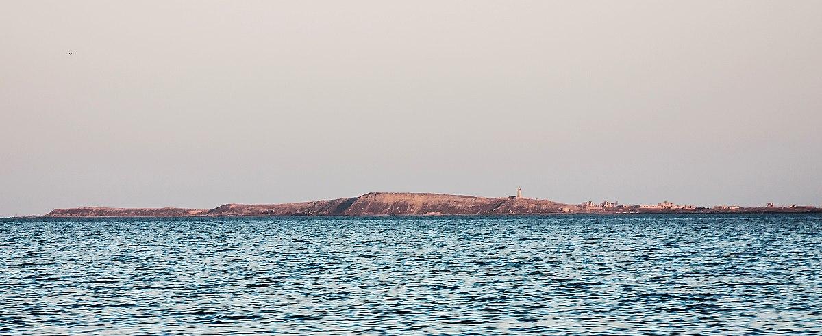 Island Boyuk Zira (Nargin) cropped.jpg