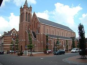 L'église du Sacré-Cœur.