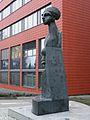 Jürgen Goertz Skulptur Finanzamt HD.JPG